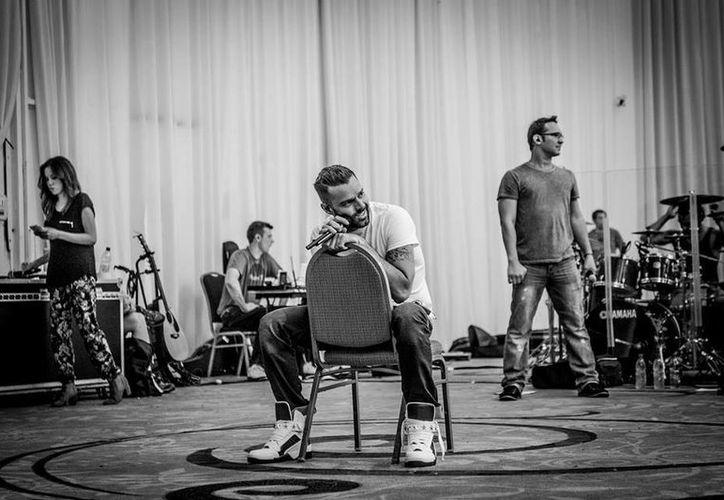 Ricky Martin, quien es viejo conocido del  Festival Internacional de la Canción de Viña del Mar, abrirá la edición de este año. (Facebook/Ricky Martin)