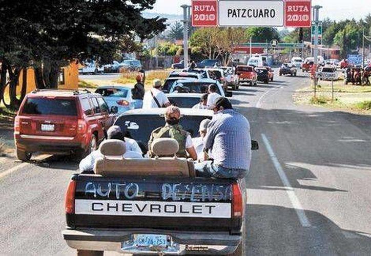 Alfredo Castillo, comisionado federal de seguridad en Michoacán, advirtió de que los grupos de autodefensa no llegarán a la capital del estado. (Milenio)