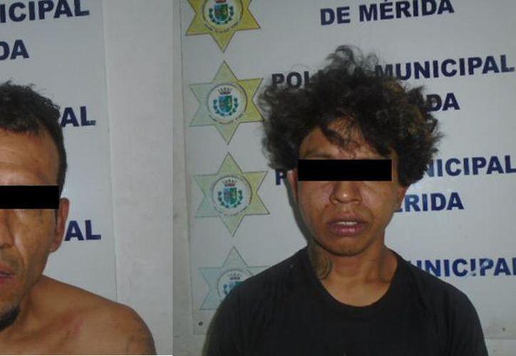 Parte del botín de los ladrones fue una lap top, un disco duro y cinco mil pesos. (Novedades Yucatán)