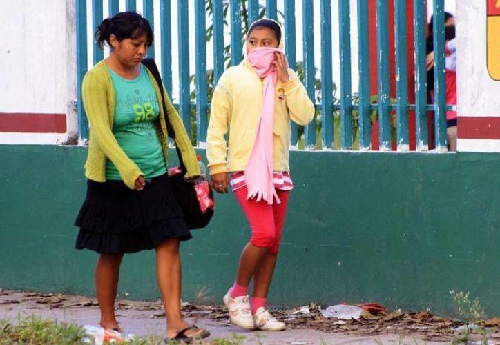 Recomiendan a la población estar bien abrigados para evitar enfermarse. (Foto: Contexto/SIPSE)