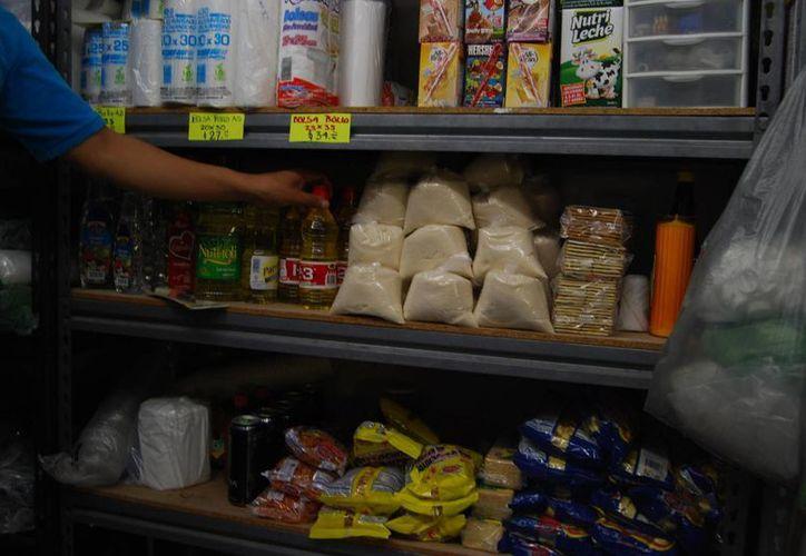 La canasta básica tiene todos los productos necesarios para tener una vida sana. (Tomás Álvarez/SIPSE)