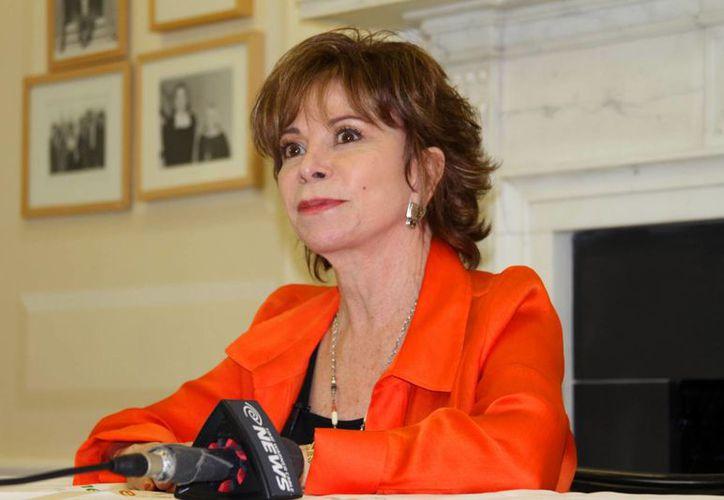 La escritora Isabel Allende en foto del 15 de abril del año en curso. (Foto: AP)