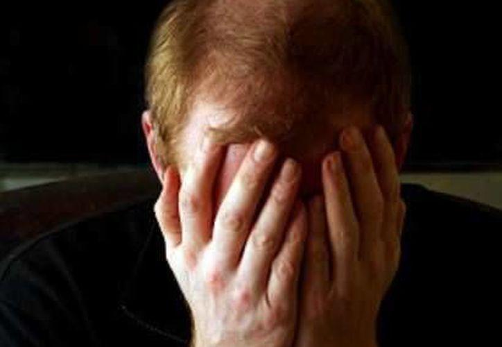 De acuerdo con la incidencia de llamadas al 066, los hombres son los más propensos a intentar suicidarse. (Foto de contexto/Internet)