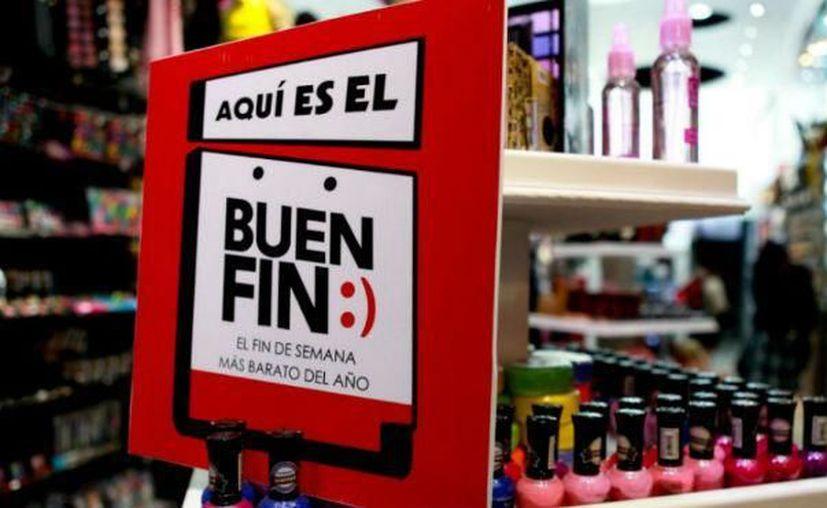 Durante estos días se ponen a disposición ofertas en todo tipo de comercios. (Unión Guanajuato)