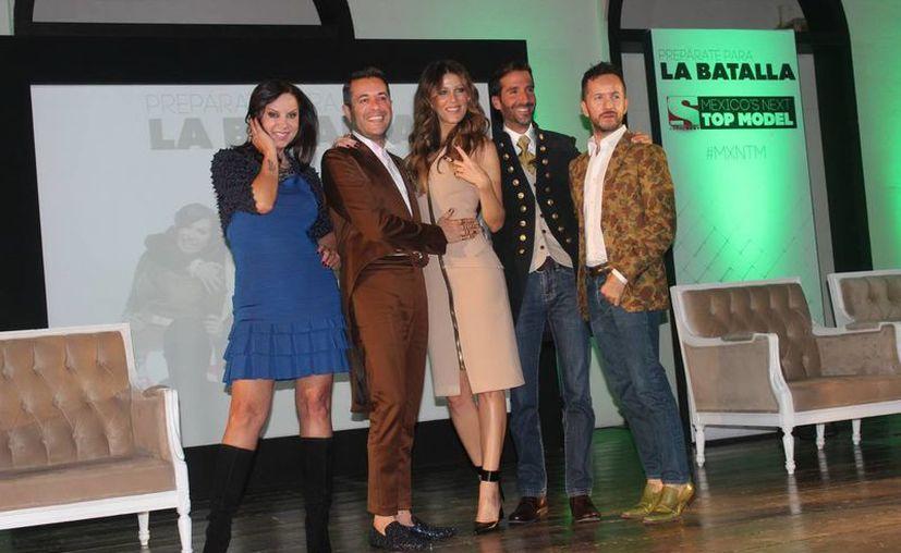 Jaydy Michel (centro) conducirá el programa 'Mexico´s Next Top Model' y el jurado será Glenda Reyna, Allan Fis y Oscar Madrazo. (Notimex)