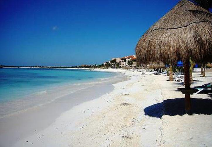 """Puerto Morelos tiene potencial para ser un """"Pueblo Mágico"""", puntualizó el ambientalista Ernesto Muñoz Rodrigo. (Foto de Contexto/cancunwonders.com)"""