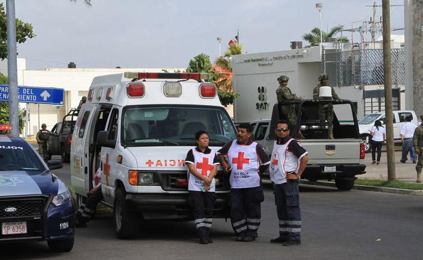 Participan diversas autoridades, así como la Cruz Roja en este período de asueto. (Joel Zamora/SIPSE)