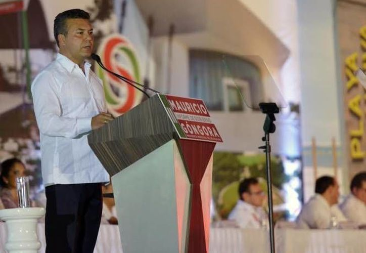 El ex alcalde y funcionarios, dejaron un adeudo de más de 30 millones de pesos con el SAT. (Foto: Contexto/SIPSE)
