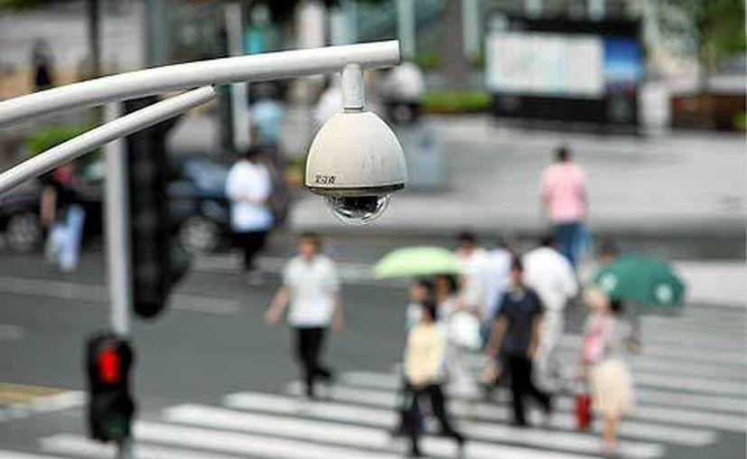 Los empresarios propusieron colocar cámaras afuera de sus negocios para aumentar la vigilancia.  (Foto de contexto/Internet)