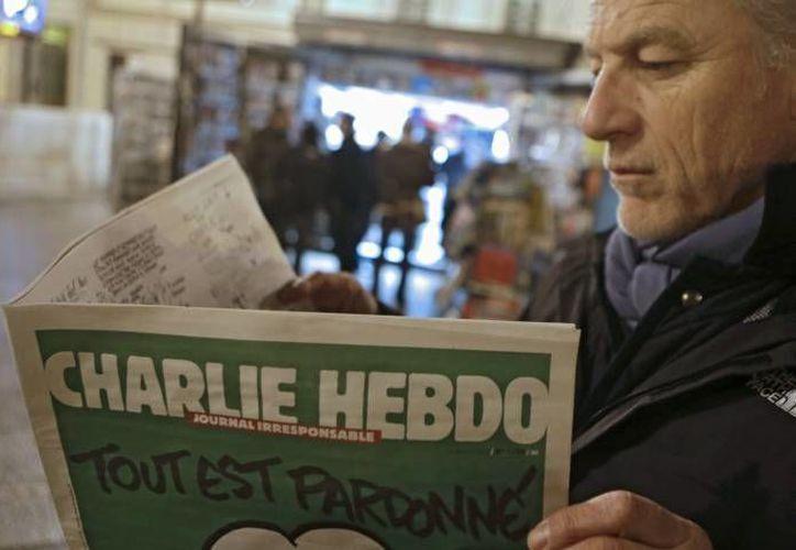 El tiraje del semanario Charlie Hebdo después de los atentado fue del siete millones de ejemplares. (Archivo/AP)