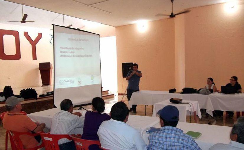 Productores de diversos puntos del Estado participaron en la capacitación. (SIPSE)