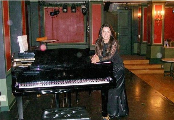 La pianista española Alicia Moreno Valiente acompañará al tenor mexicano Joel Montero en una serie de presentaciones por Quintana Roo. (Cortesía)