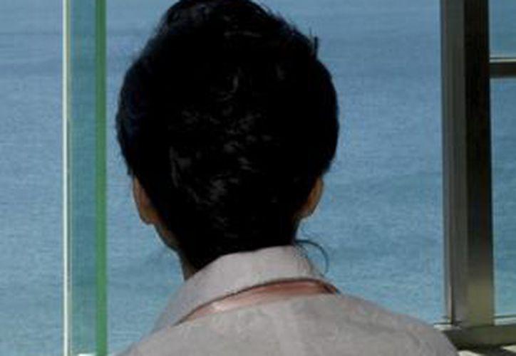 La presidenta de Corea del Sur, Park Geun-hye supervisó la prueba de lanzamiento de un misil balístico desarrollado para enfrentar una hipotética agresión de Corea del Norte. (EFE)