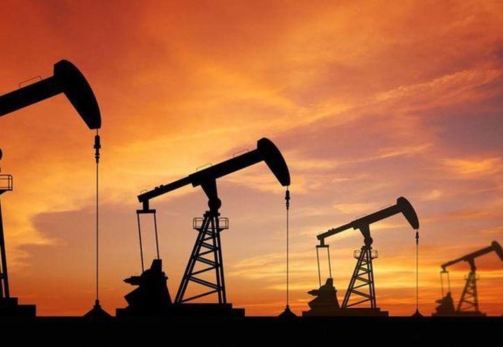 En lo que va del año el barril de petróleo mexicano de exportación ha perdido 6.34 dólares. (abc.miled.com)
