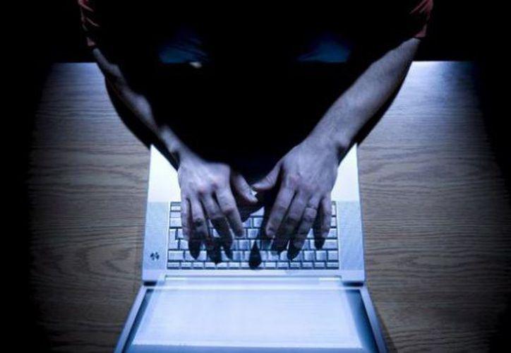 La PGR ha ubicado a dos bandas de ciberdelincuentes relacionadas con el robo a bancos de México ocurrido entre abril y mayo de 2018.  (El Heraldo de México)