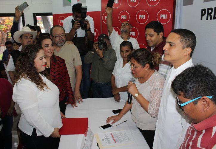 Este domingo concluirá el plazo de registros, en donde se espera el registro de quien buscará la segunda fórmula para el Senado de la República. (Joel Zamora/SIPSE)