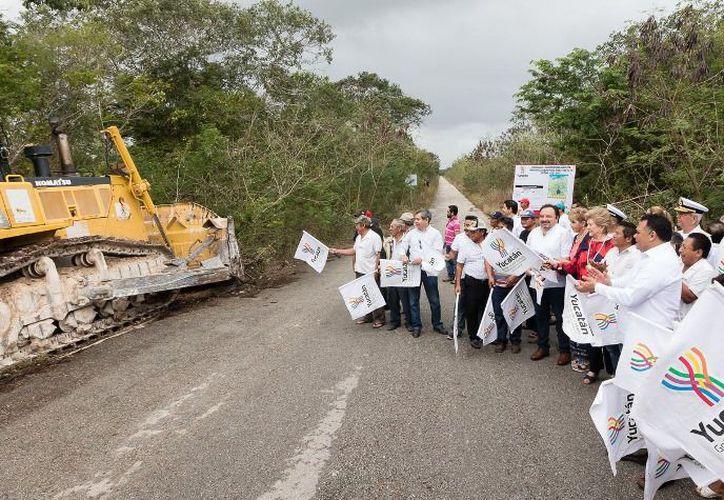 Ha concluido la modernización de la carretera Sierra Papacal-Chuburná Puerto. (Archivo)