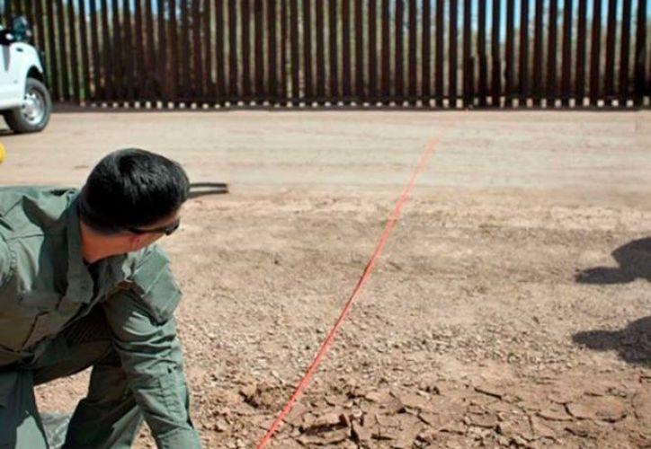 Las autoridades endurecen la política migratoria estadounidense. (excelsior.com)
