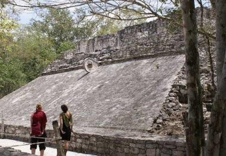 Son13 sitos arqueológicos abiertos al público y cinco más en los que se mantienen líneas de trabajo desde 2013. (Redacción/SIPSE)