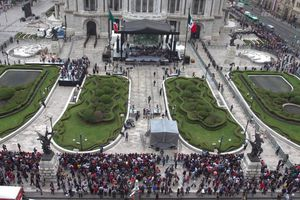 Llegan cenizas de 'Juanga' para homenaje en Bellas Artes