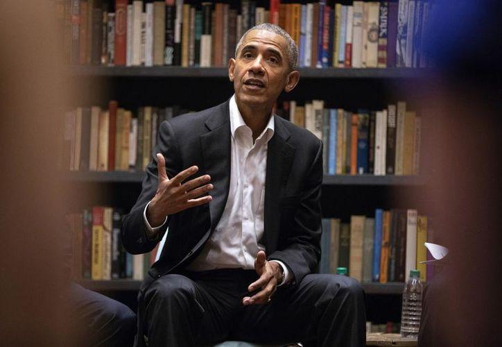 El expresidente de Estados Unidos Barak Obama recomendó en su Facebook los cinco libros que leyó en el verano. (Getty Images)