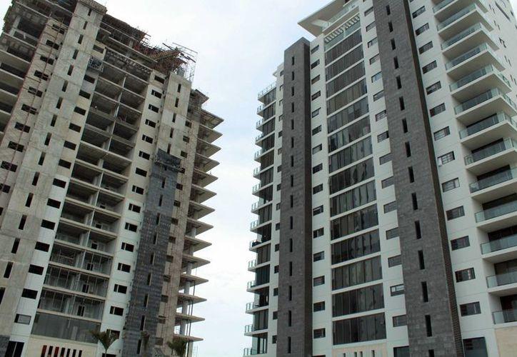 Puerto Cancún y nuevos desarrollos en la zona hotelera se enfocan a las viviendas tipo residencial. (Luis Soto/SIPSE)