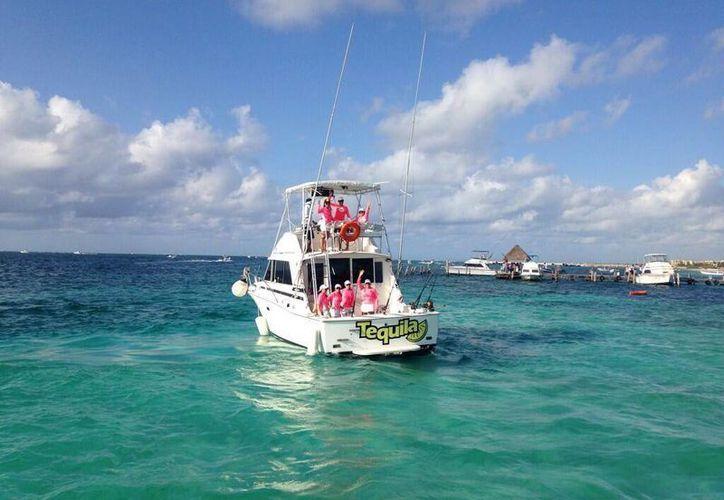 El torneo inició a  las 8 horas en Puerto Morelos. (Ángel Mazariego/SIPSE)