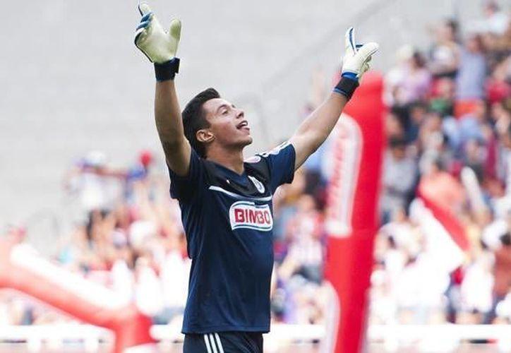 José Antonio Rodríguez confiesa que creció admirando sobre todo a Oswaldo Sánchez, quien hoy es uno de sus rivales en Primera División. (chivaspasion.com)