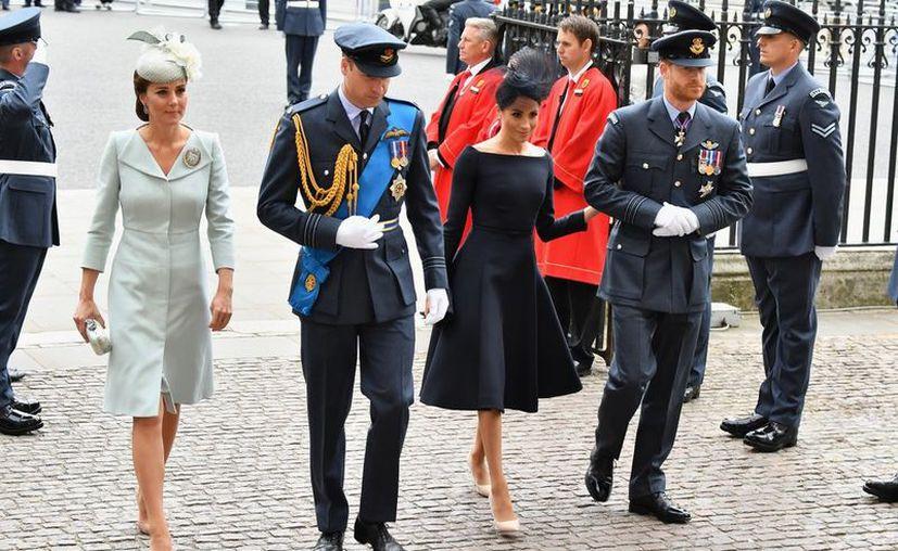 Isabel II ha tenido ciertas deferencias con Mehgan. (Internet)