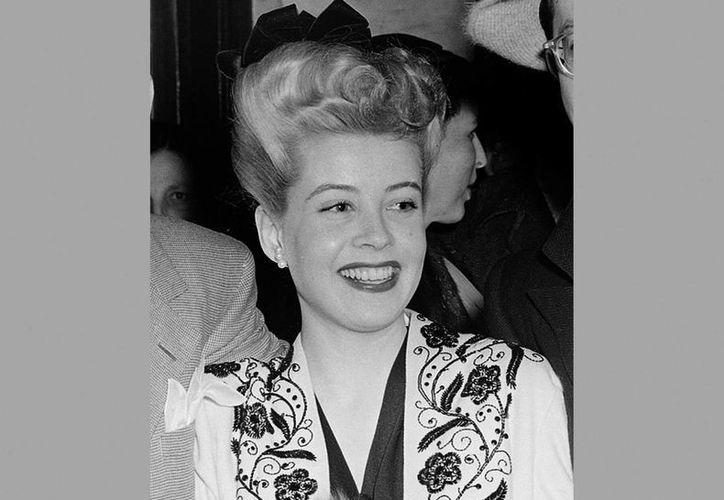 La actriz Gloria DeHaven, muy conocida en la décadas de los 40 y 50 del siglo pasado, falleció este fin de semana. La foto, de archivo, corresponde a 1944. (AP)