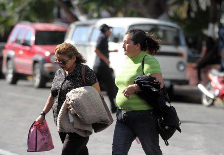 Las mañanas con frío se mantendrán en Yucatán durante el fin de semana. Este viernes la mínima llegó a 13.8 a las siete de la mañana en Mérida. (Amilcar Rodríguez/ Milenio Novedades)