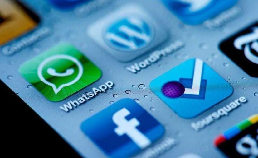 Facebook anunció que utilizará WhatsApp para obtener mayor información de sus usuarios. (Archivo/SIPSE)