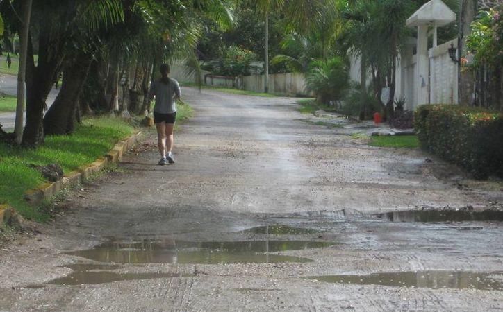 Parte toral del desarrollo turístico de Bacalar, se basa en el cuidado de la laguna. (Javier Ortiz/ SIPSE)