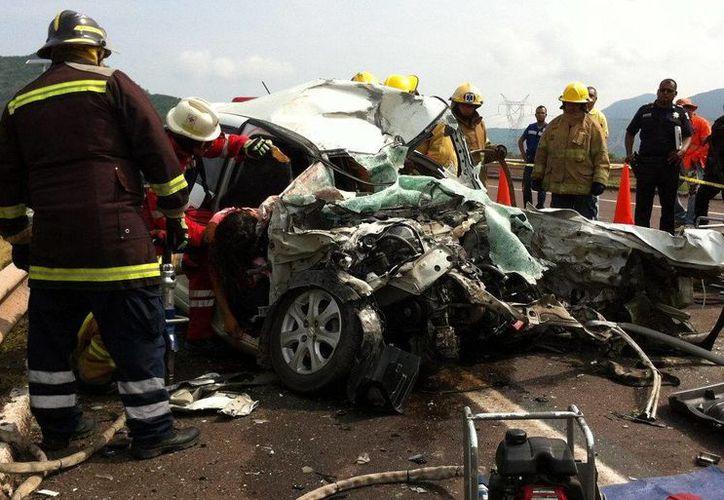 El Banco Interamericano para el Desarrollo urgió a tomar medidas para evitar más muertes causadas por accidentes de tráfico. (Archivo/EFE)