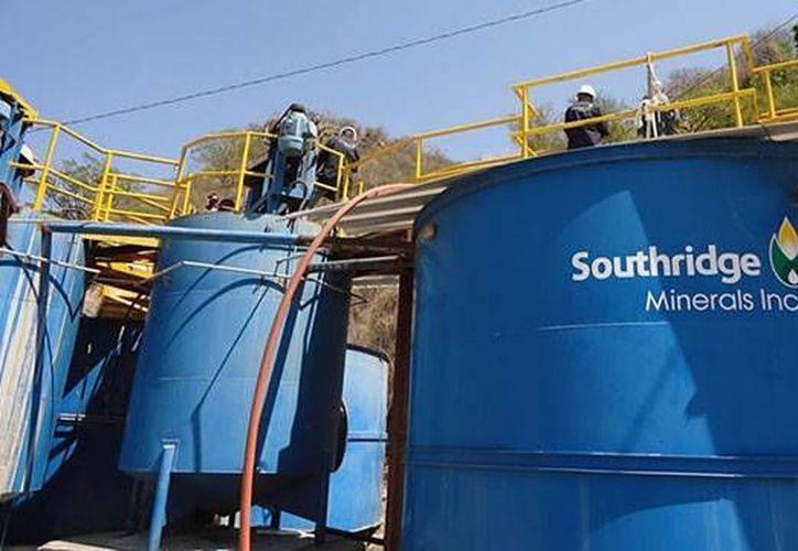 Southridge Minerals no ha proporcionado información sobre los supuestos fallecimientos. (api.ning.com)