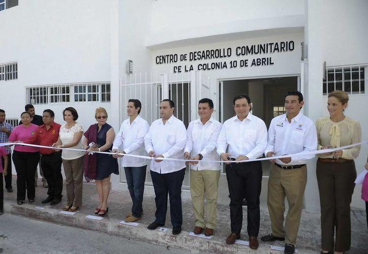Se realizó el corte del listón inaugural del Centro de Desarrollo Comunitario. (Cortesía/SIPSE)