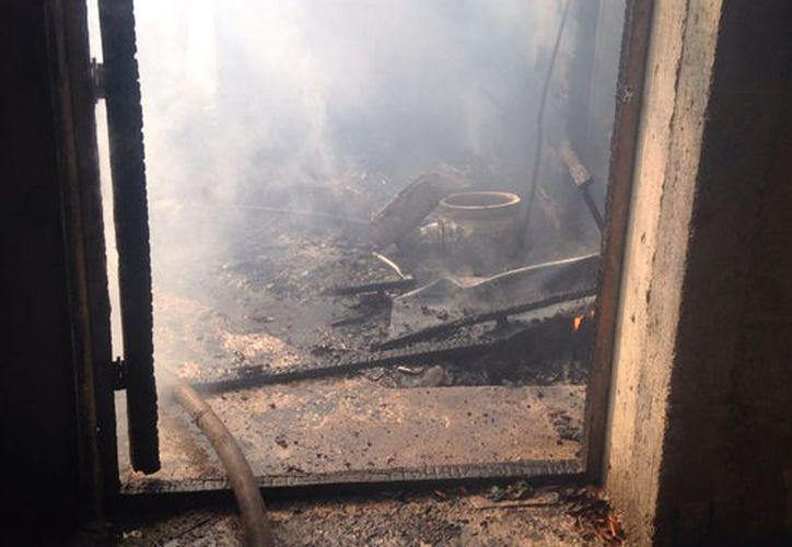 El incendio fue provocado con bombas molotov. (Imagen solamente ilustrativa/ Archivo SIPSE)