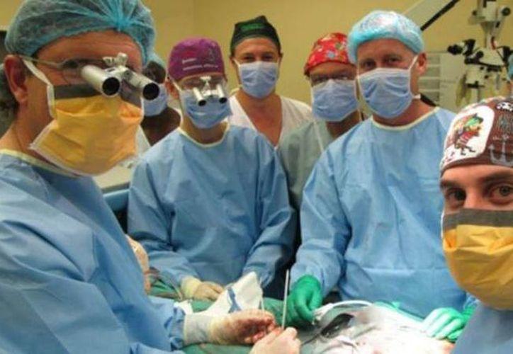 La operación realizada el pasado 11 de diciembre duró nueve horas y tuvo un resultado satisfactorio a largo plazo. (Universidad de Stellenbosch)