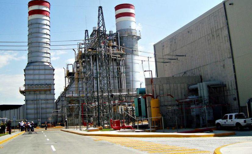 Las obras de la CFE permitirán mayor competitividad y menores precios en electricidad, asegura la paraestatal. (conurbados.com)