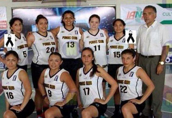 Aunque la UNAM se desligó del equipo de básquetbol femenil accidentado, se informó que la universidad ofreció el apoyo respectivo a las familias de los deudos y de los heridos del accidente en la autopista Guadalajara-México. (noticieros.televisa.com)