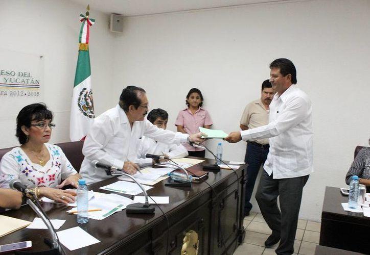 Diputados de Yucatán continúan el análisis en comisiones de la Cuenta Pública 2012. (SIPSE)