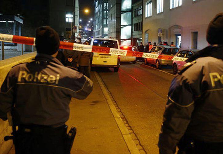 Dos clientes de una cafetería de Suiza perdieron la vida esta noche tras un ataque de dos personas armadas.  (Mundo)