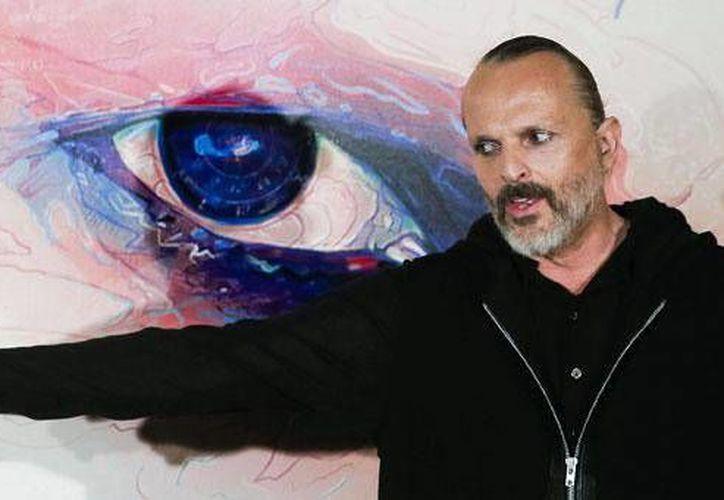 Miguel Bosé anunció que el próximo diciembre subastará dos obras de Andy Warhol junto a la casa de subastas Christie's. (Archvio EFE)