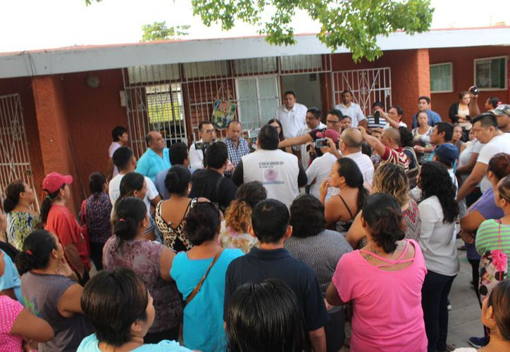 El profesor acusado de abuso en una primaria de Chetumal recibió un acta administrativa. (Daniel Tejada/SIPSE)
