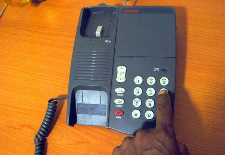 El 8% de todos los que tienen teléfono, decidieron cambiar de proveedor de telefonía fija y móvil sin perder su número telefónico. (Tomás Álvarez/SIPSE)