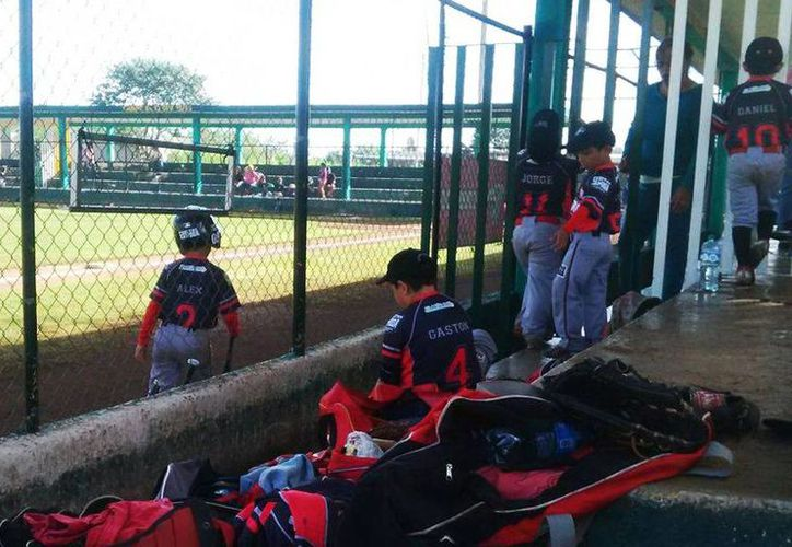 Imagen de un partido del equipo de Guerreros contra Yankees, durante la jornada 14 de la Liga Yucatán. (Imagen tomada del Facebook de Liga Yucatán)