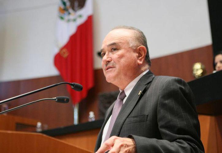 Ruffo Appel, actual Senador de la República, considera que no es sencillo regresar al PAN a sus orígenes, pero sí posible. (pan.senado.gob.mx)