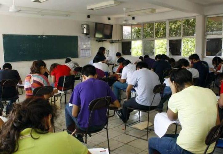 Se estima espacios para cuatro mil aspirantes.(Foto:Novedades Yucatán)
