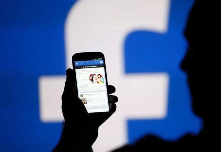 Una joven sufrió abuso por parte de un chico a quien conoció a través de Facebook. (lopezdorgia.com)