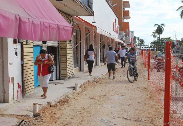 Los empresarios se han acercado para enterarse del programa de incentivos dado a conocer por el Ayuntamiento capitalino. (Redacción/SIPSE)